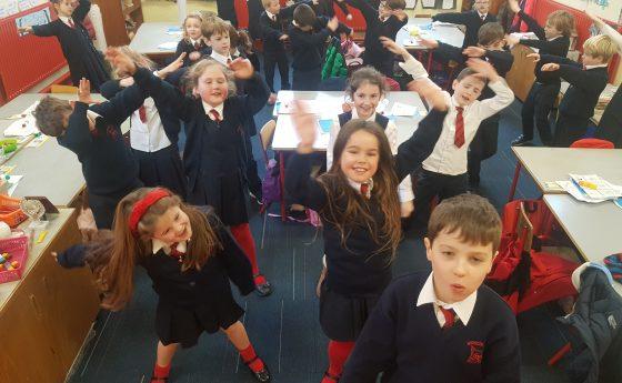 Rince sa Rang/ Dancing in Class